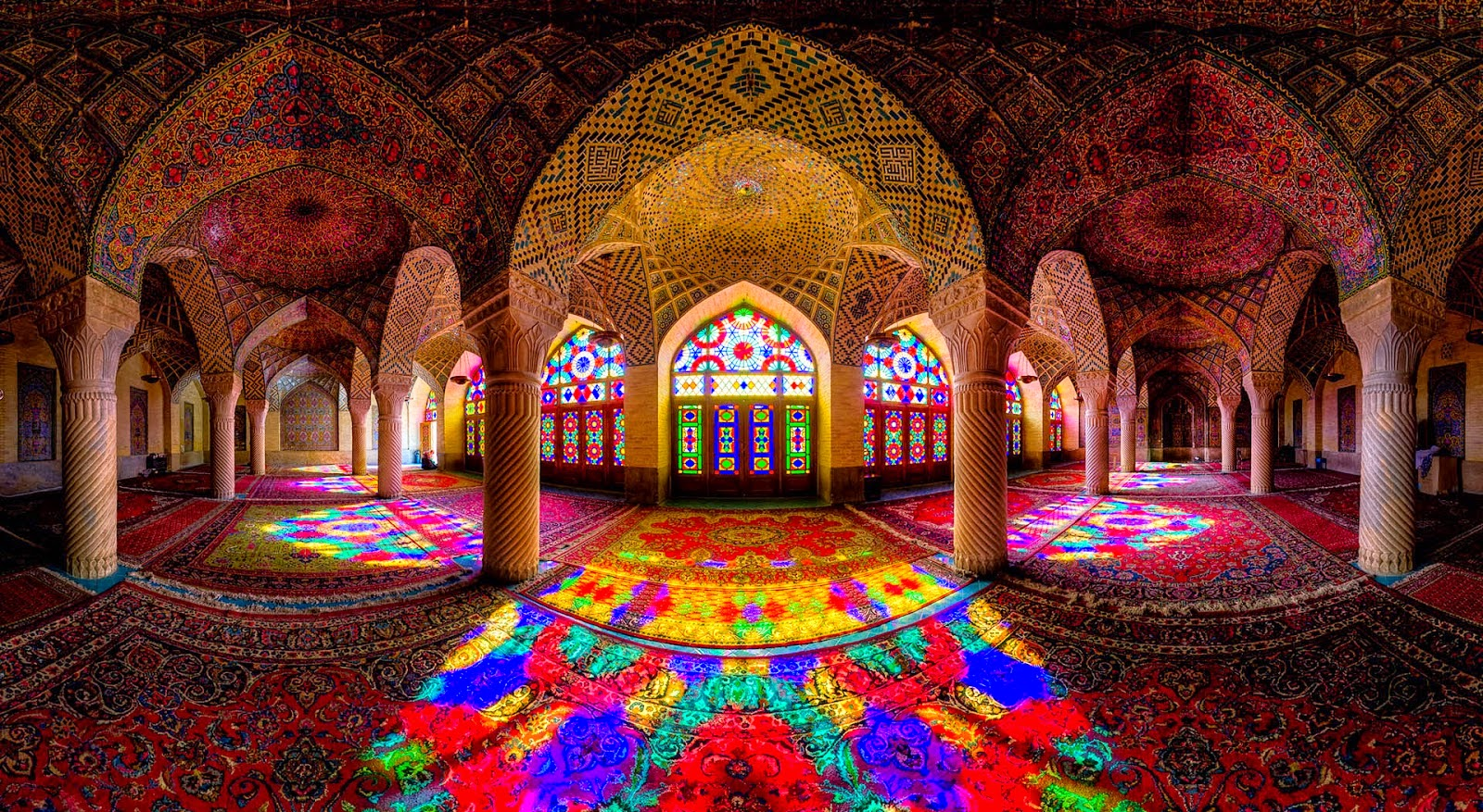 nasir_al_mulk_mosque_in_iran_4