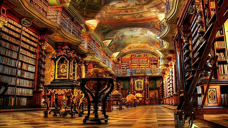 of_the_most_majestic_libraries_in_the_world_1