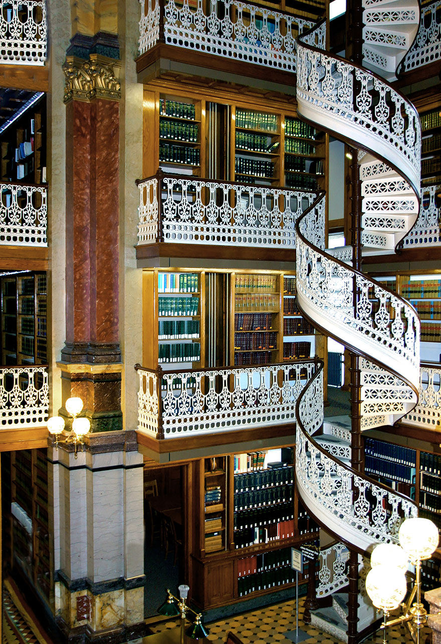 of_the_most_majestic_libraries_in_the_world_12