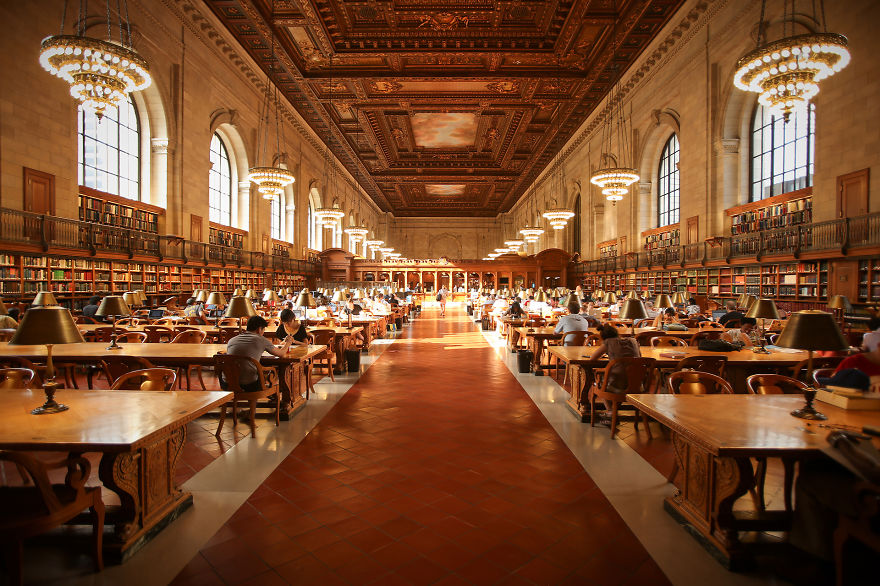 of_the_most_majestic_libraries_in_the_world_17