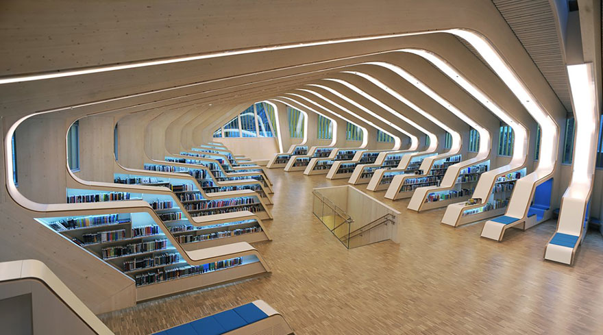 of_the_most_majestic_libraries_in_the_world_19