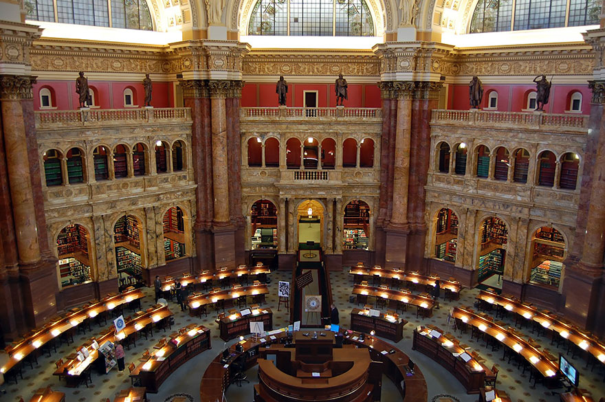 of_the_most_majestic_libraries_in_the_world_22