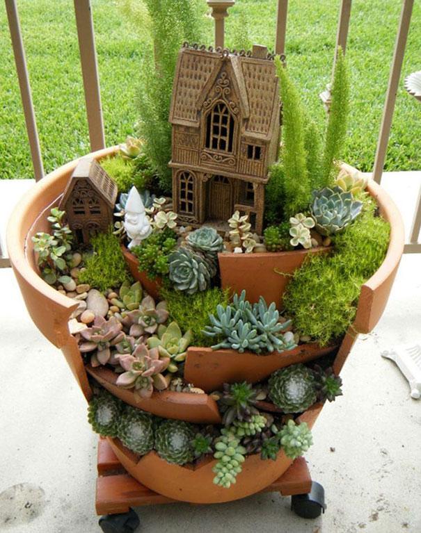 broken_pot_fairy_garden_13