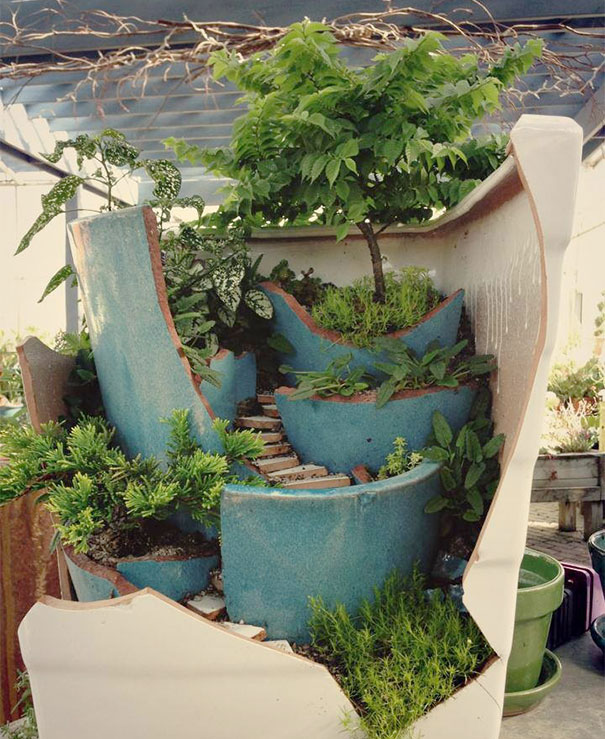 broken_pot_fairy_garden_3