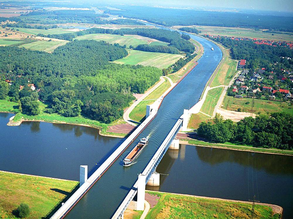 მაგდებურგის წყლის ხიდი გერმანიაში