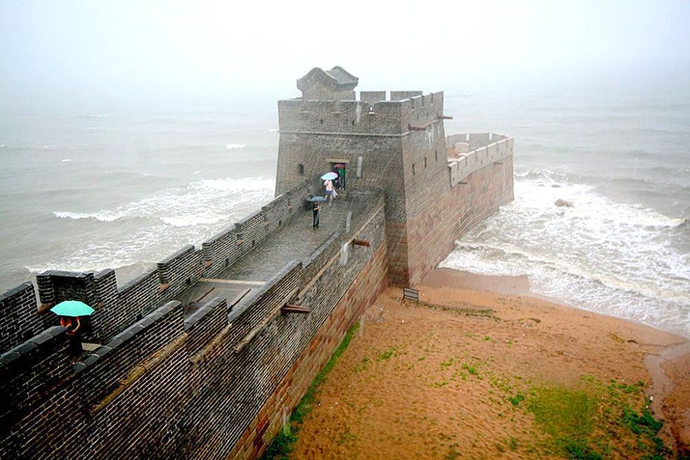 აქ მთავრდება ჩინეთის დიდი კედელი